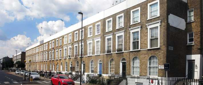 A photograph of some large terraced houses in Islington, north London.